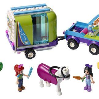 Lego Friends Mia a přívěs pro koně
